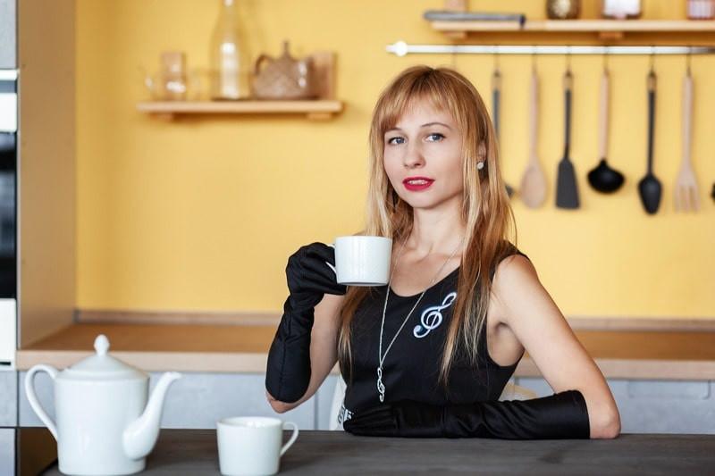 Чайник кружка девушка