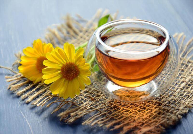 Чай цветы желтой ромашки