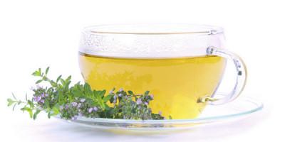 Чашка чая веточка чабреца