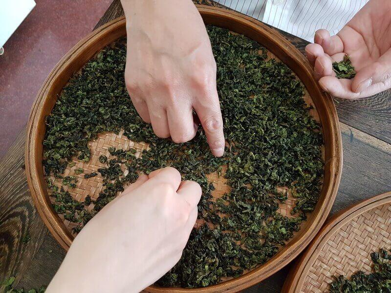 Зеленый чай руки