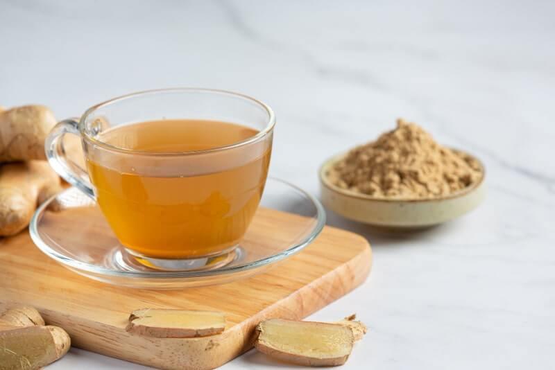 Кружка чая молотый имбирь