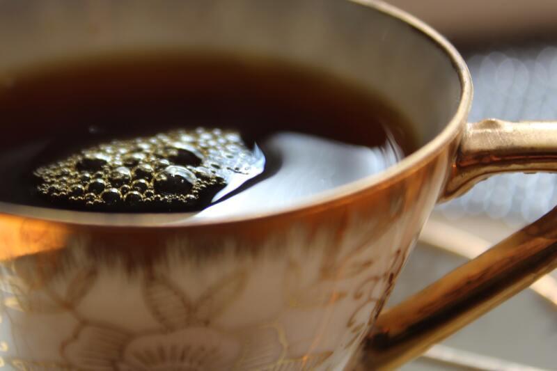 Позолота кружка чай пузыри
