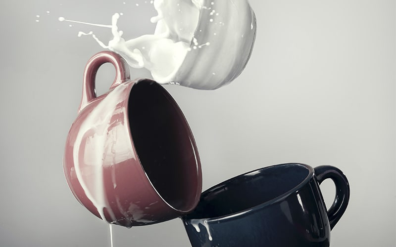 Кружки молоко