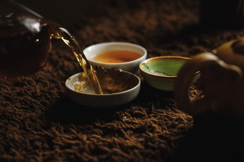 Чайник пиала с чаем