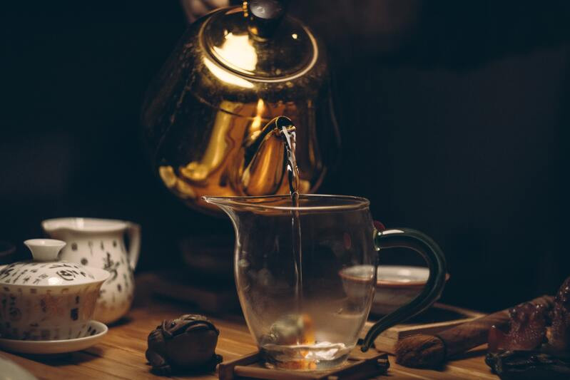 Золотой чайник стеклянная кружка