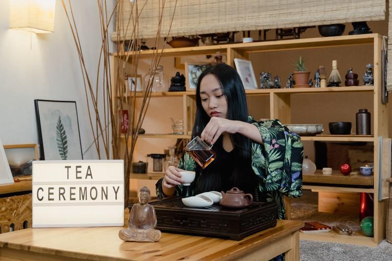 Девушка чайная церемония