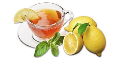 Чашка чая с лимоном лимоны